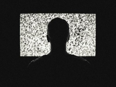 MANIPULATION DURCH MEDIEN: WIE SIE DEIN WELTBILD VERFÄLSCHEN