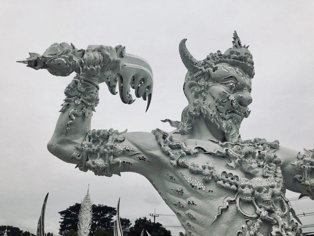 weisser tempel wat rong khun chiang rai